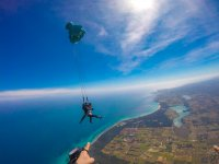 Parachute jump with photos and videos Rome 45 min