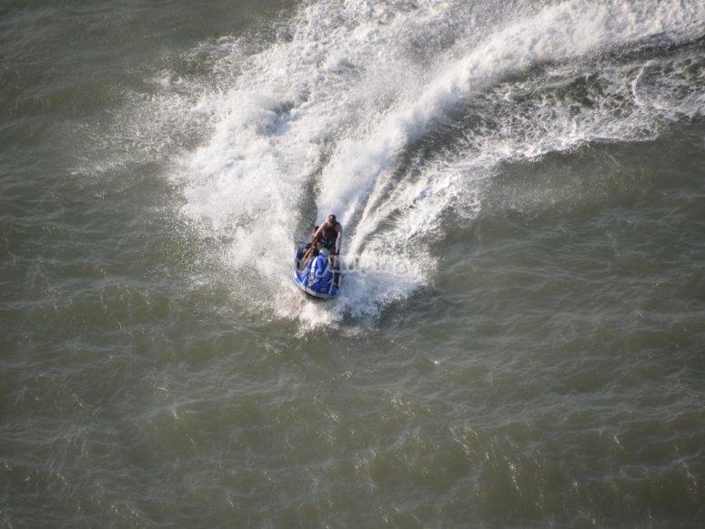 Modo d'acqua e scia