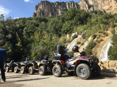 Escursione in quad a Ulassai di 3 ore
