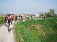 Verso Il Lago Di Garda In Bicicletta