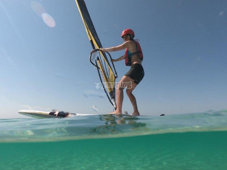 windsurf nel mare della Puglia