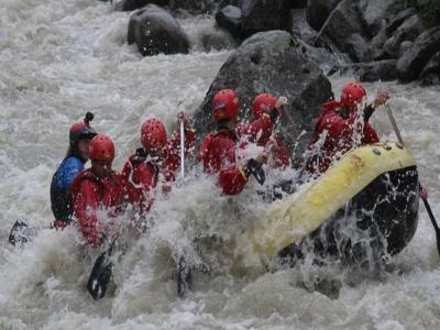 Rafting sul fiume Noce di 3 ore