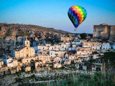 Hot air balloon flight for minors Gravina In Puglia 1 hour
