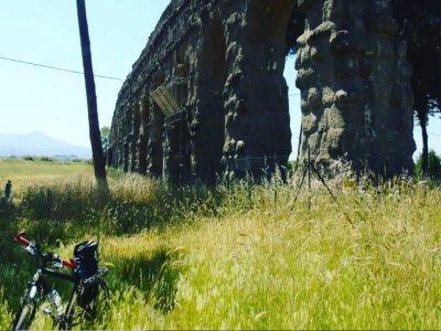 Tour in e-bike sull'Appia antica a Roma di 3 ore