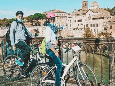 Tour in e-bike a Roma di 4 ore