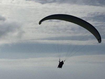 Volo in parapendio con video a Capaccio 1 ora e 30