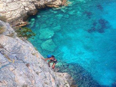 Escalade sur les plages du sud de la Sardaigne 8 heures