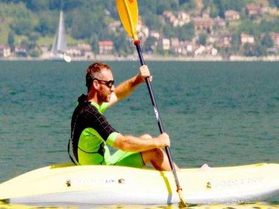 Noleggio canoa singola sul Lago di Como di 2 ore