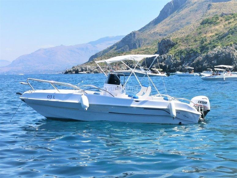 Boat excursions Sicily