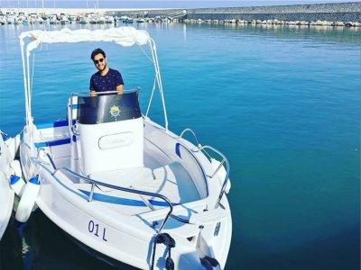 In barca con skipper a Balestrate di 9 ore