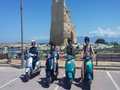 Tour in Vespa a Tropea di 4 ore