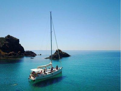 Escursione in barca da Bosa per bambini 8 ore