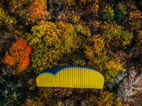 Parapendio in autunno