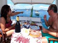Apericena in barca