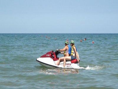 Noleggio moto d'acqua con patente Rimini 30 minuti