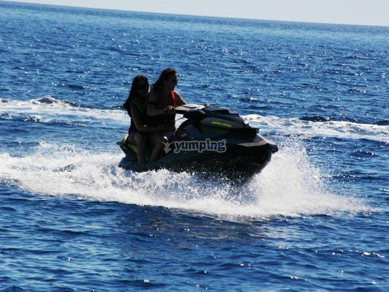 Navigando per il Mar Ligure