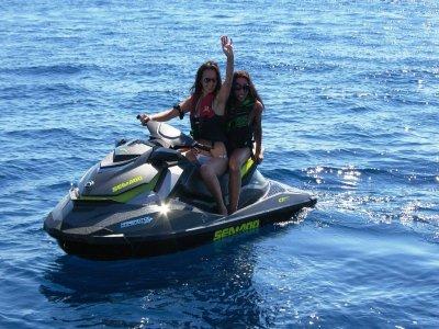 Jet ski with license in Riviera Ponente 4 hours