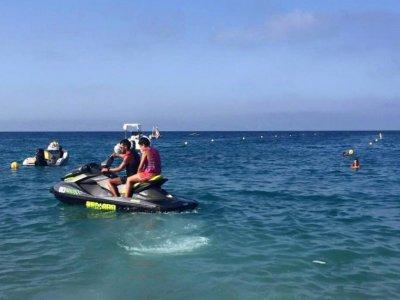 Jet ski to Guidaloca beach for 30 minutes