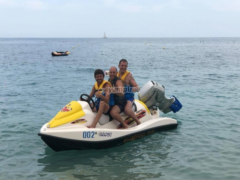 in a jet ski with gamici