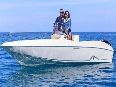 Boat rental without license Costa degli Dei 4 hours
