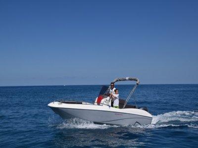 Noleggio barca senza patente Golfo di Gioia 4 ore