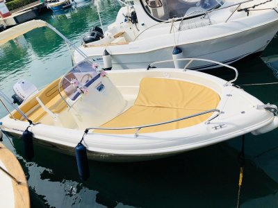 Boat rental without license Golfo S.Eufemia 4 hours