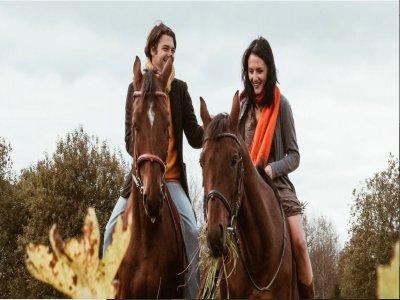 Passeggiata a cavallo con degustazione a Mutari 2h