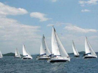 Noleggio Gionaliero Barca Vela Adriatico ott/mag