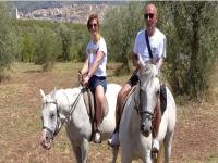 Passeggiata a cavallo con pranzo a Noto