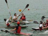 Competenza di canoa polo