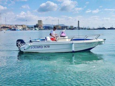 Noleggio barca senza patente costa di Licata 4 ore
