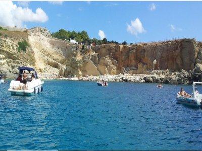 Excursion en bateau grotte de Zinzulusa pour les enfants 4 heures