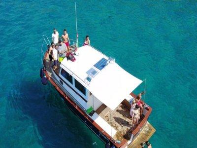 Tour in barca La Favorita Costa dell'Argentario 8H