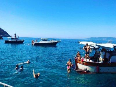 Tour in barca Chris Craft Costa dell'Argentario 8H