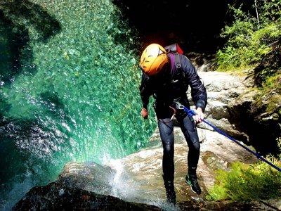 Canyoning nel torrente Palvico 4 ore