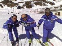 Insegnamo a sciare con allegria