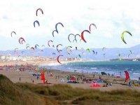 I kitesurfer sulla costa greca