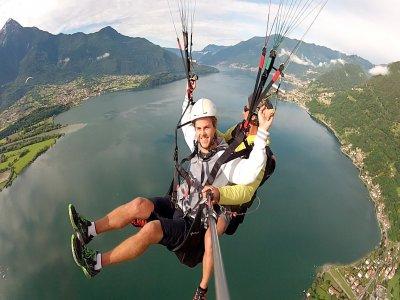 Como Lake Paragliding