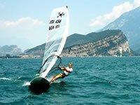 Adrenalina con il windsurf