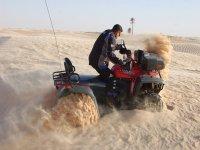 Quad nella sabbia