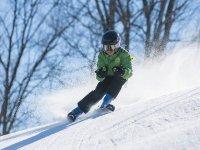 Un piccolo sciatore