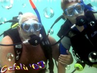Diving with experienced divers