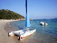 Small catamaran