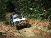 4x4 in mezzo al fango
