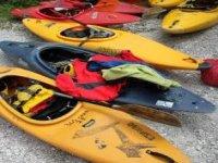 Andare in kayak