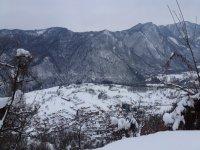 Valle innevata escursioni invernali