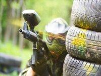 Giocatore nascosto dietro le ruote