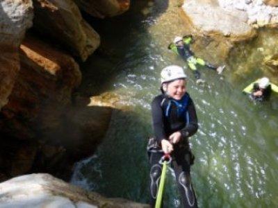 Toscana Adventure team Canyoning
