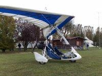 Deltaplano a motore
