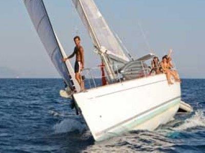2 Mari Yacht e Sail